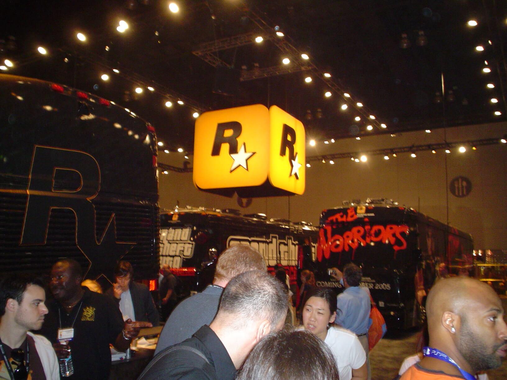 Rockstar_buses_at_e3_2005